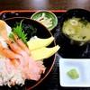 味噌キッチン - 料理写真:三食丼