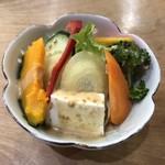 木の香り - 料理写真:サラダ
