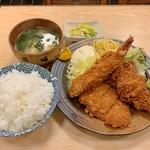 三朝 - 盛り合わせ定食(エビフライ、ヒレカツ、串カツ)