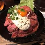 レッドロック - ローストビーフ丼
