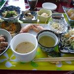 ヘルシーカフェ ティンガーラ - 日替わりランチ(和風定食)