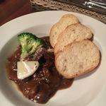 水戸チーズバル - 牛スジの赤ワイン煮