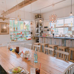 cafe and dining Limpid -