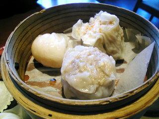 美味餐庁 - 飲茶ランチ(蒸篭1段目)