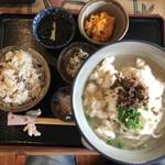 真壁ちなー - 2019年3月30日  ゆし豆腐そばセット 中 1,080円