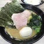 らーめん 武双家 - 料理写真:らーめん ※味玉追加