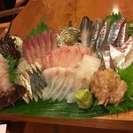 海紅豆 - 料理写真:お刺身盛り合わせ(2人前)