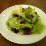 ステーキ くに - サービスAセットのサラダ おかわり自由