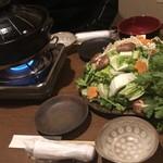 くしん - ②濃厚スープの本格博多風水炊き鍋