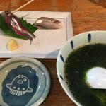 宝山 いわし料理 大松 - お得セットの 活きいわし刺し、生のり豆腐