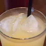 ゲンロ&カフェ - グレープフルーツジュース