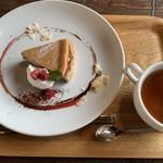 105142351 - ベリーチーズケーキ