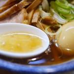中華そば 多賀野 - 無化調スープは鶏豚に乾物系