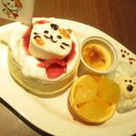 Sweets Smile - とーきゅんにゃんにゃんパンケーキセット 1296円(税込)のアップ【2019年1月】