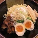 つけ麺らぁ麺油そば六朗 - 油そば810円並盛り 麺がツルツルで美味し
