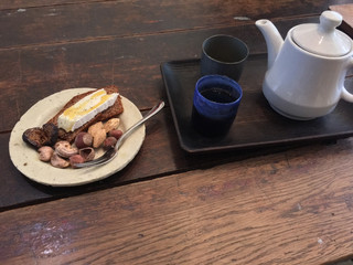 FACTORY KAFE 工船 - コーヒーに合うナッツ1皿