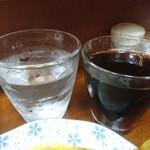 105166199 - ・飲み物はコーラにした