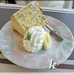 たけっち カフェ - シフォンケーキ