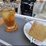 たけっち カフェ - スイーツセット シフォンケーキとアイスティー