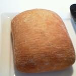 10518592 - 自家製パン(外パリパリ中モチモチ)