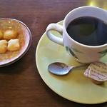 あい - コーヒー(茶菓子付き)