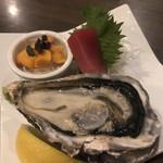 麦酒庵 - 刺身盛合せ(メジマグロ、塩水うに、兵庫県産牡蠣)