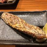 串焼 錦江 - かつおの腹皮。250円でこんなにまるまる