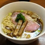 105198354 - 鶏そば780円(オープン記念で500円)