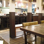 麺菜館 楽屋 - 店内