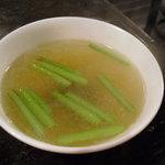 麺菜館 楽屋 - チャーハンのスープ