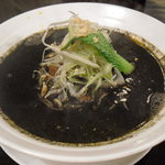 麺菜館 楽屋 - 黒ゴマ坦々麺