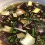 105205978 - 鶏スープのつけ汁