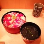 鮨竜 - 海鮮丼