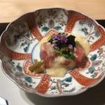 ふじさわ - 九州日向市で獲れたキハダマグロの山かけ このわた入り長芋 茎わさび