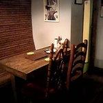ツルオカ - 1階テーブル席