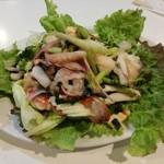 Baan Tum - 海鮮サラダ