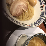麺道 而今 総本家 - 魚介つけ麺