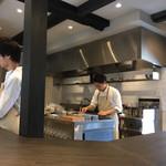 Le sel  - 店内(厨房)