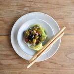 Tradgras Cafe 薬膳イタリアン×薬酒 - オリーブと自家製ドライトマトのハーヴマリネ