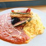 105222703 - オムライス トマトソースと揚げ野菜