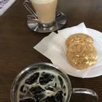 グランチェスター - 料理写真:チャイ ティー ラッテとアイスコーヒー