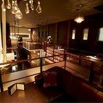 yebisu gogo cafe - 吹抜けの店内は開放感のある空間。貸切パーティにもピッタリ