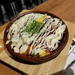 鴨と豚 とんぺら屋 - 「チーズinとんぺい焼き (550円)」