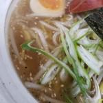 満足ヌードル ラーメンハウス - しおスープ
