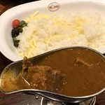 欧風カレー ボンディ 神保町本店