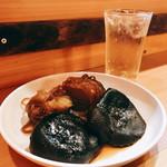 博多のおでん - 料理写真:『椎茸&糸こんにゃく』しゃんにシュワシュワたい♪