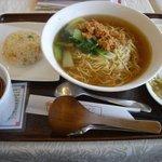 10526692 - (辛くない)担々麺セット[780円]