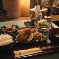 ゴリラ食堂 - 唐揚げ定食:780円