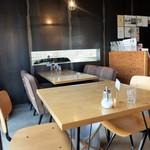 フラットホワイトコーヒーファクトリー - 店内イメージ