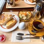 サニー ルート コーヒー - 喫茶モーニングセット(ブレンドコーヒー)